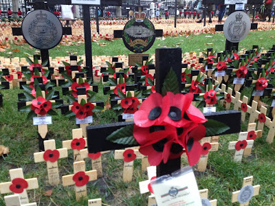 Poppy - Poppy Appeal - #PoppyAppeal - Rethink - Remembrance - The Royal British Legion - Reino Unido - Londres - ÁlvaroGP - El troblogdita