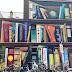 Transforman muros en grandes libreros