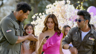 Download Pagalpanti (2019) Full Movie Hindi 720p WEB-DL || MoviesBaba 1