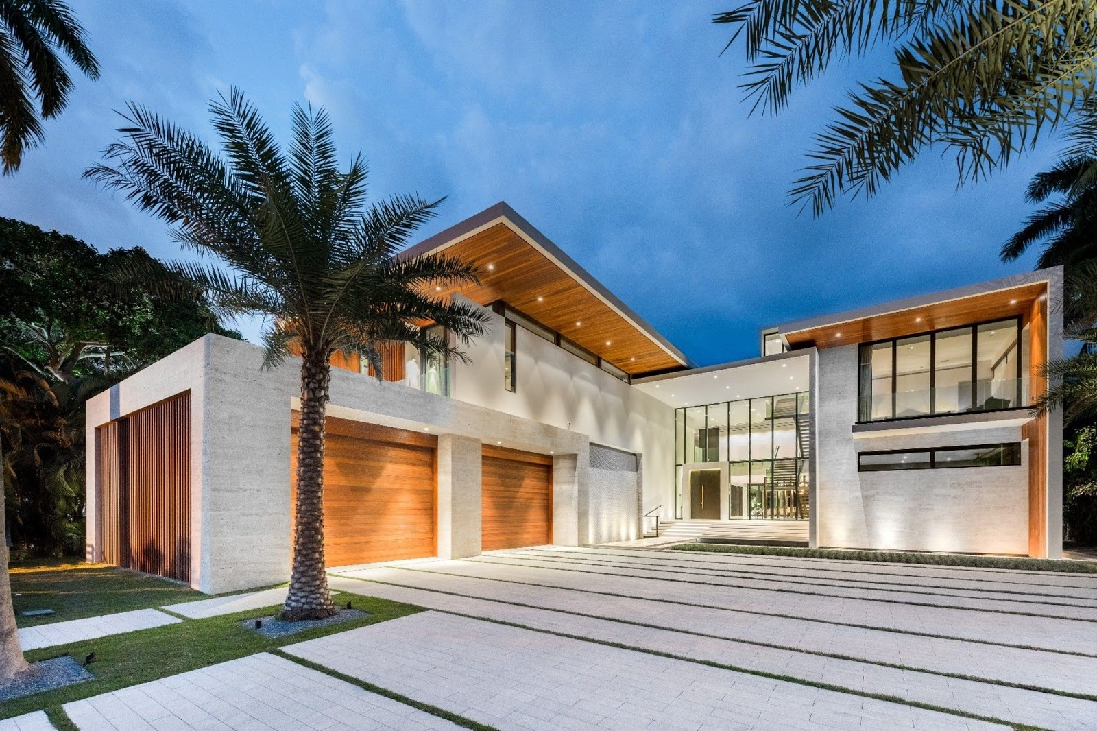 The mind for de ign 2018 for Big homes for sale in florida