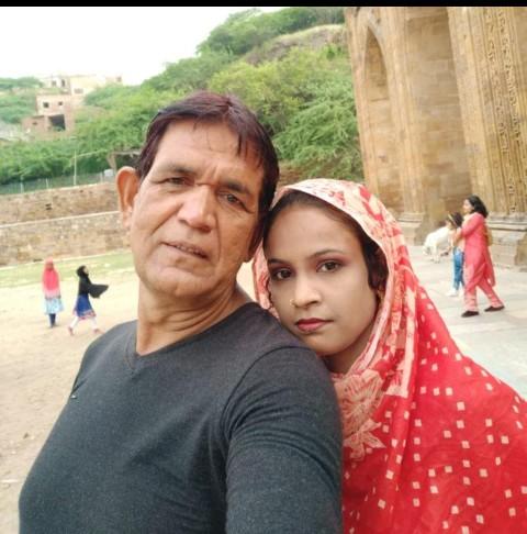 बीवी से बेइंतहा प्यार की मिली सजा, विभिन्न धाराओं में मुक़दमा दर्ज़, Tiktok पर बीवी को बुलवाने का बनाया था वीडियो