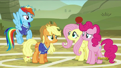 Rainbow, Applejack, Fluttershy and Pinkie
