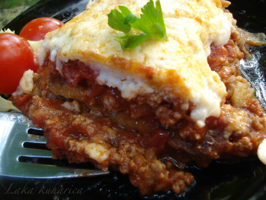 Greek moussaka by Laka kuharica: classic Greek dish baked to perfection.