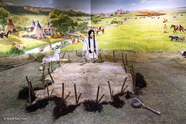 Representación de una mujer Lakota, Akta Lakota Museum - Chamberlain, Dakota del Sur
