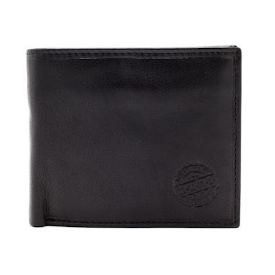 大人気のh.u.n.t の二つ折りの財布♪♪