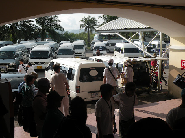 Picking up mini buses at Rassada Pier