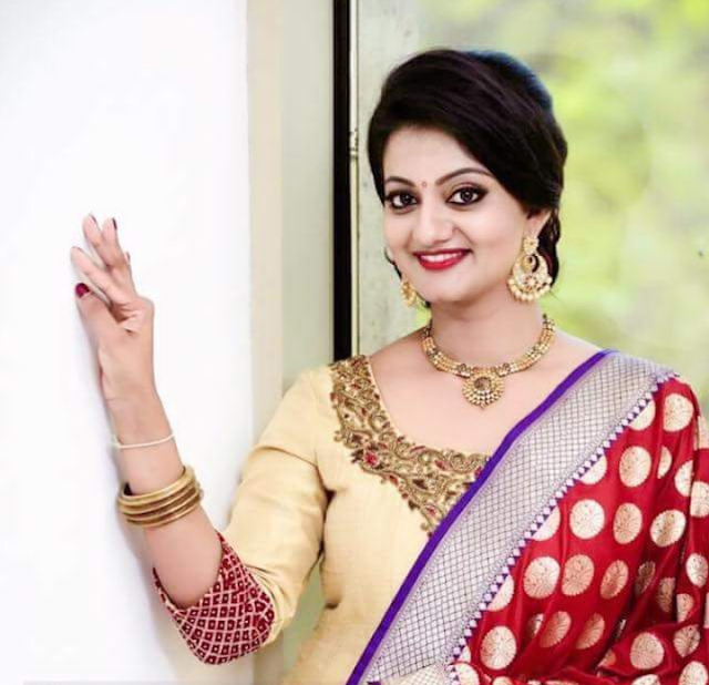 Actress Priyanka Latest Cute Photoshoot In Saree Actress Trend
