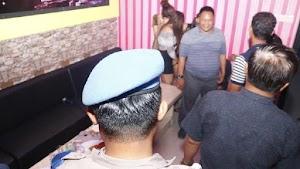 Razia Valentine, Polisi Ciduk Pasangan Bvgil dan 11 Anak Punk di Ngawi