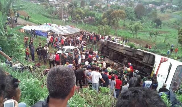 Kecelakaan Beruntun, 13 orang meninggal di CILOTO, Cianjur