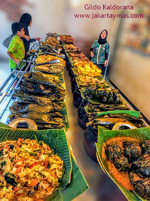 buffet en el restaurante Ampera
