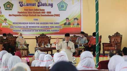 Mahyeldi berikan kuliah umum di STIT Syekh Burhanuddin