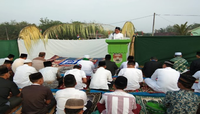 Plt Bupati Mesuji Sholat Idul Adha 1440 H di Lapangan Desa Sidomulyo