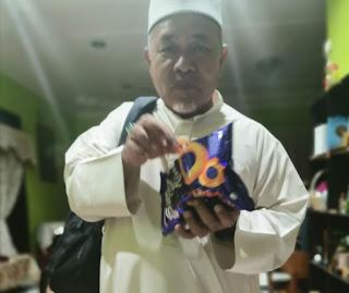 Tuan Ibrahim pandai juga troll dengan super ring
