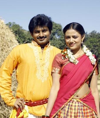 Telugu-actress-navel-show
