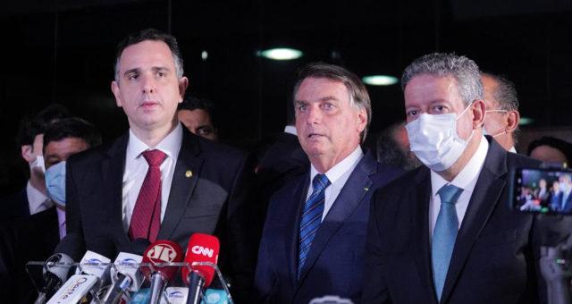 Em plano de desestatização, Bolsonaro inclui aeroportos, BRs e portos
