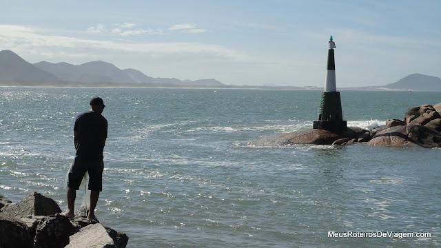 Pescador no canal da Barra da Lagoa - Florianópolis