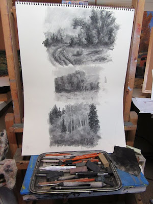 art charcoal sketching tools easel