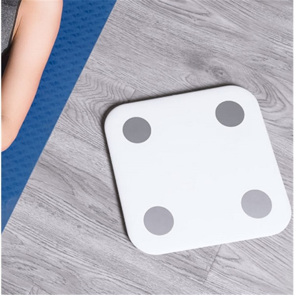 Интелигентен Кантар Xiaomi Mi Body Composition Scale 2