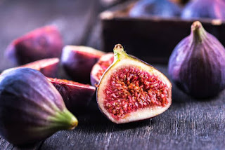 Top 4 Benefits of Figs Fruit, the Legendary Fruit of the Prophet - Healthy T1ps