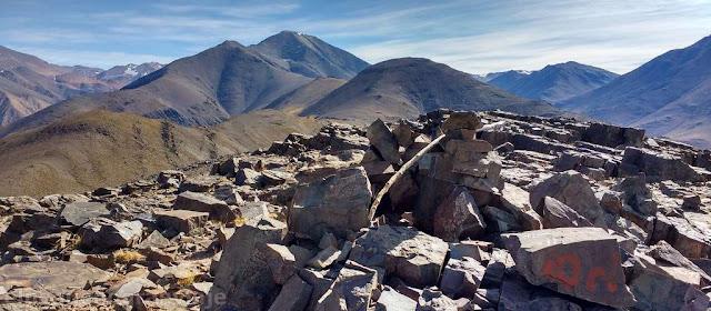 Cerro Bronce, variable, trekking, ascenso, cumbres, refugio, Arrequintin, Agua Negra, iglesia, san juan