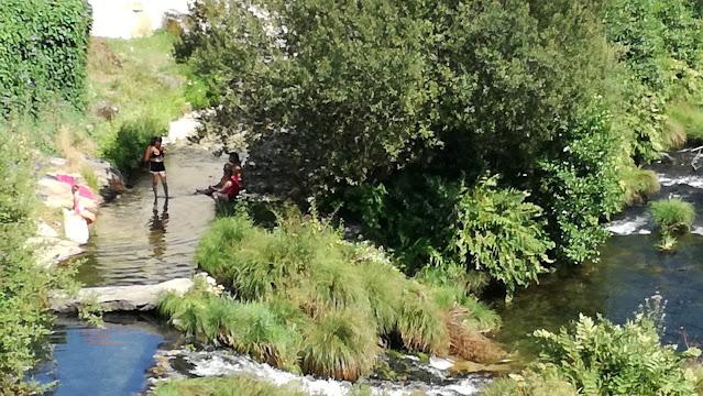 Zona para crianças Praia Fluvial Ponte de Pé