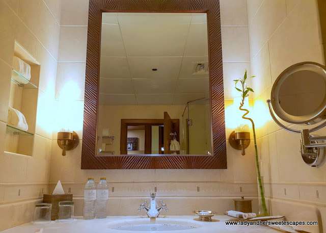 bathroom in Desert Islands Resort
