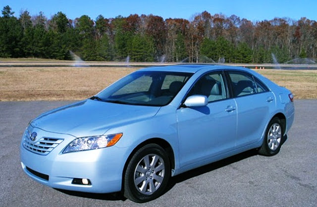 2007 Toyota Camry XLE V6 Owners Manual Review