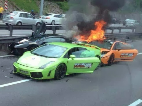 Lamborghini Aventador Gallardo accident fire wreck