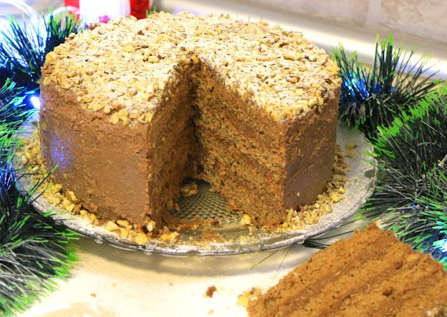 Crna-torta-iz-šerpe-Sa-orasima-kokosom-čokoladom