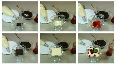 Montaje de las copas de queso mascarpone, galletas oreo y frutos rojos