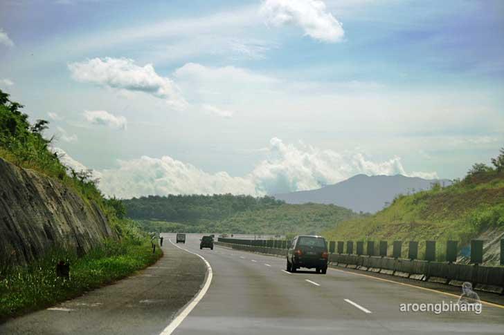 jalan tol cipularang purwakarta
