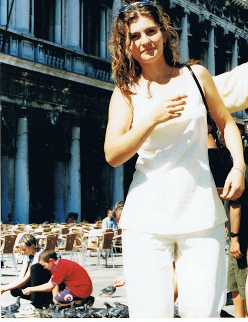 Ca să nu mă căsătoresc, am emigrat-Cristina G. Gherghel