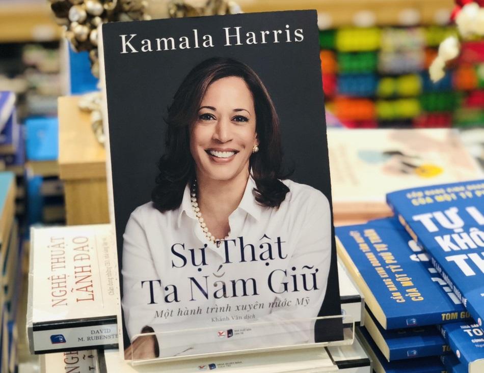 Su-that-ta-nam-giu-Kamala-Harris
