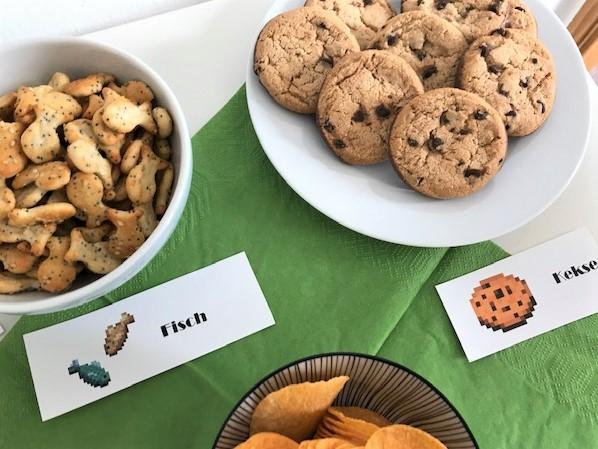 Minecraft-Geburtstag- Kekse, Fisch und Kartoffeln