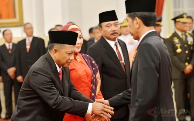 Johan Budi Usul ke Jokowi: Mendagri Tito Karnavian Jangan Direshuffle