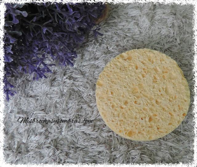 Esponja-Desmaquillante-vegetal-Deliplús