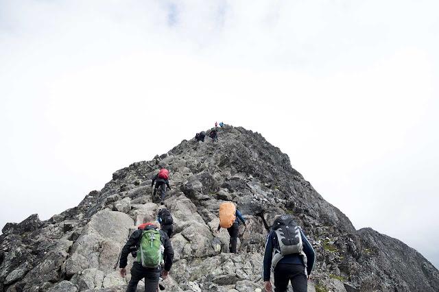 bahaya Mendaki Gunung