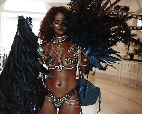 Rihanna feathers, rhinestones and twerk bedazzled live Barbados Carnival