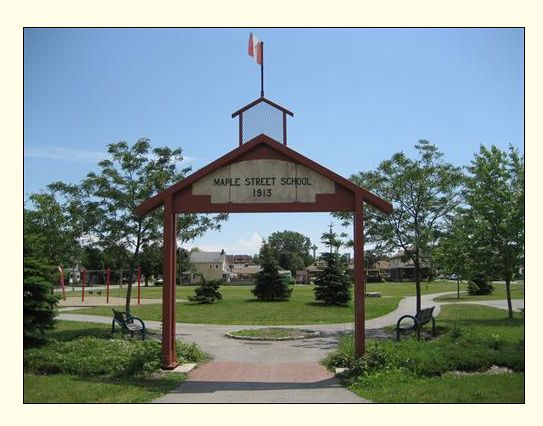Picture of Maple Street School memorial in the Maple Street Park, Niagara Falls, Ontario, Canada