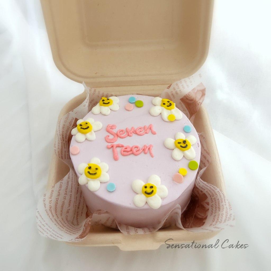 The Sensational Cakes Bento Daisies Flower Smileys 17 Teens Lilac Design Customized Birthday Cake Singaporecake Bentocake Koreancake Birthdaycake Girlscake Pinkcake Creamcake Daisycake Cakeforher Flowercake