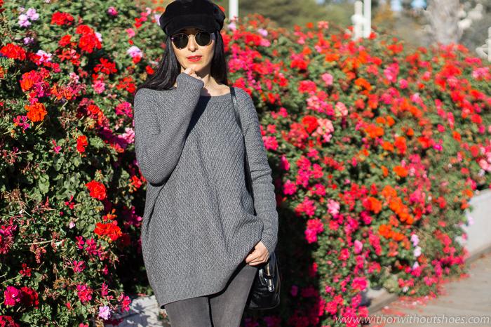 BLogger valencaiana con ideas para vestir looks basicos con jeans y detalles especiales con estilo gorra Baker boy ray ban redondas