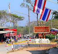 Thailand Myanmar Border crossing at Three Pagoda Pass