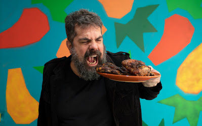 O jornalista Marcos Nogueira apresenta Cozinha Bruta (Divulgação)