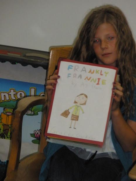 Snapp' 4th Grade 2011-2012 Memory Bag And Box Book Reports
