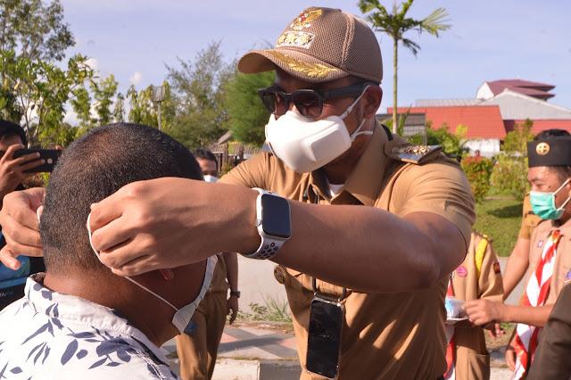 ASA Pimpin Gerakan Bagi-bagi Masker Kwarcab Gerakan Pramuka Sinjai