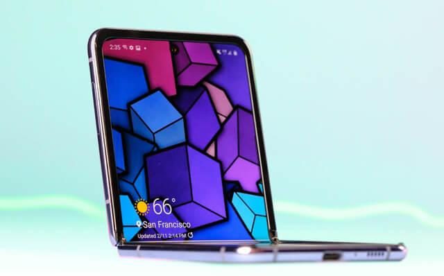 كم هي تكلفة إصلاح شاشة هاتف Galaxy Z Flip؟