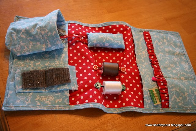 Shabby Soul: Arm Chair Sewing Caddy