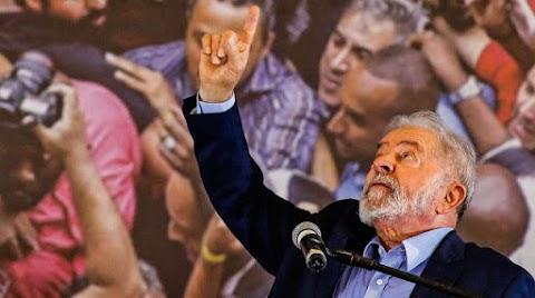 Lula dispara com 41% das intenções de voto contra 23% de Bolsonaro, diz Datafolha