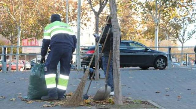 Detenido en Alicante un barrendero que ganaba 600 euros al día vendiendo cocaína mientras trabajaba