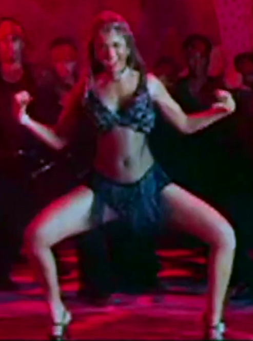 Milky Hot Thighs and Legs Showing Video | Bollywood Actress of Mid 2000